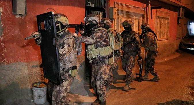 PKK'ya art arda operasyon! Çok sayıda gözaltı var