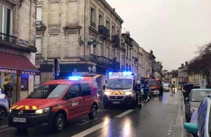 Fransa'da şiddetli patlama! Binalar yıkıldı, yaralılar var