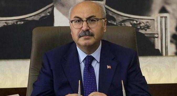 İzmir Valisi Köşger: Sokağa çıkma kısıtlamasından muaf tutulacaklar