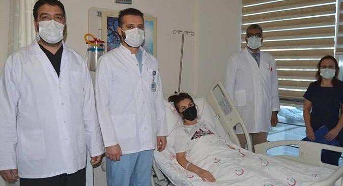 Alanya'da ilk kez yapılan ameliyatla eski sağlığına kavuştu!