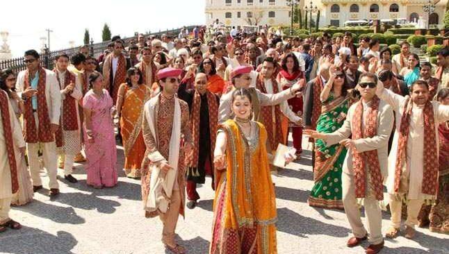 Antalya, Hint düğünleri için uçuşları bekliyor