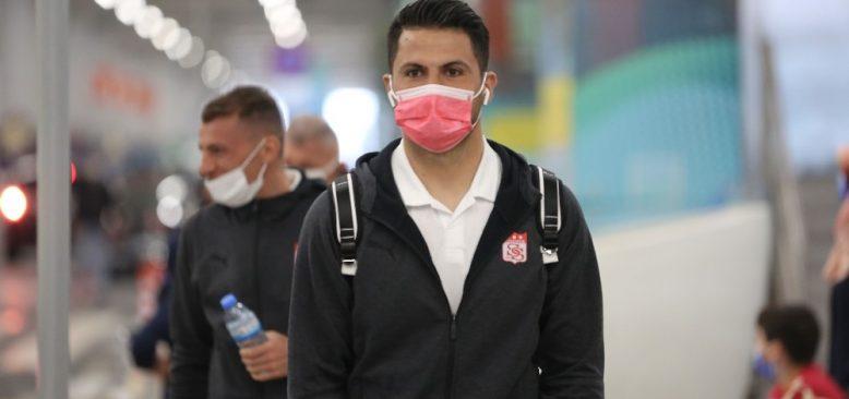 Sivasspor, kaleci Ali Şaşal'ın sözleşmesini uzattı