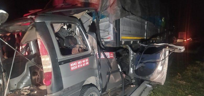 Adana'da feci kazada 3 kişi hayatını kaybetti