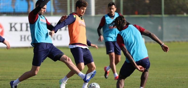Alanyaspor'da Antalya maçı hazırlıkları başladı