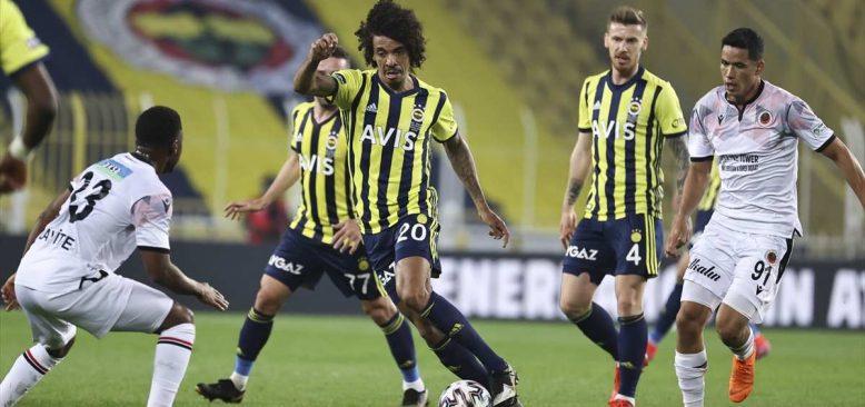 Fenerbahçe Kadıköy'de yine kazanamadı