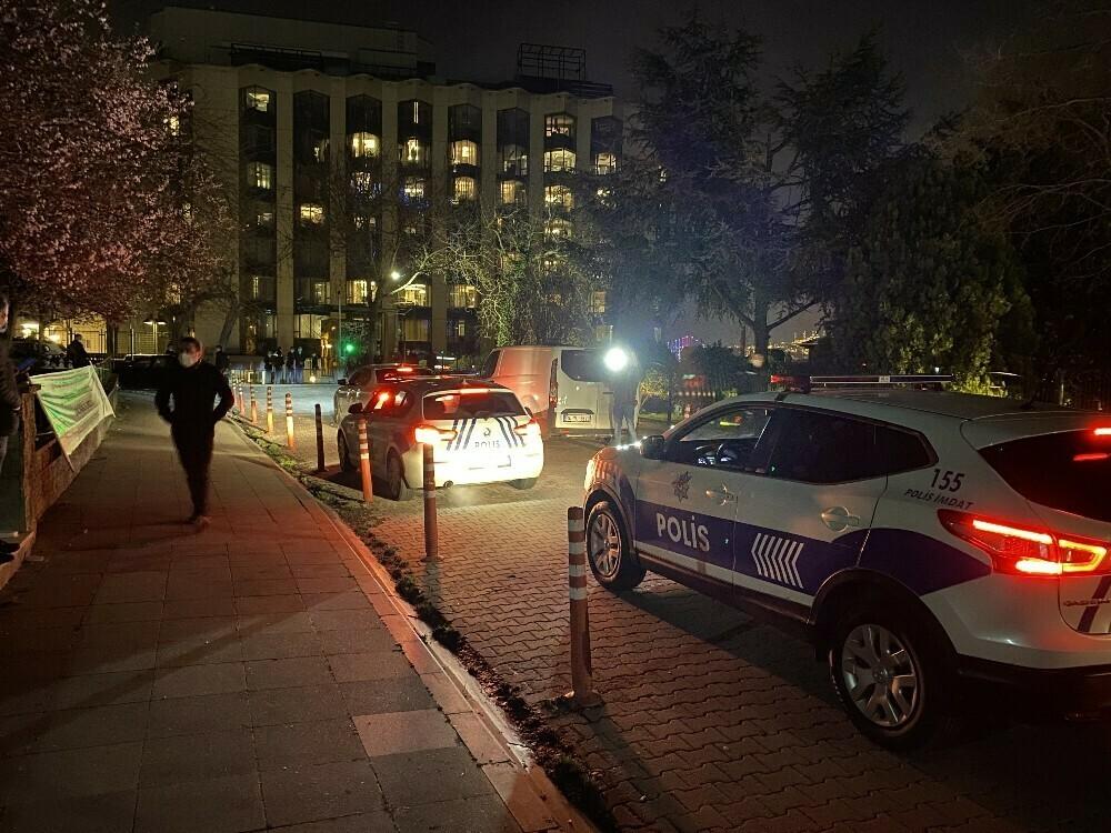 Azerbaycanlı iş insanı intihar girişiminde bulundu