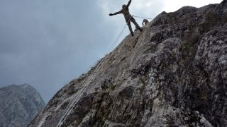 Azerbaycan askerlerine dağcılık eğitimi verildi
