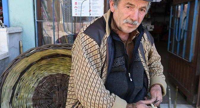 40 yıl sonra kaybolmaya yüz tutmuş baba mesleğine döndü
