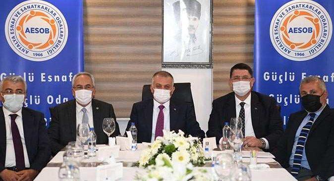 Antalya Valisi Yazıcı, esnafın sorunlarını dinledi