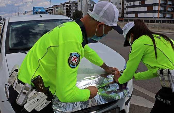 Radar kurnazlarına trafik polislerinden uygulamalı yanıt