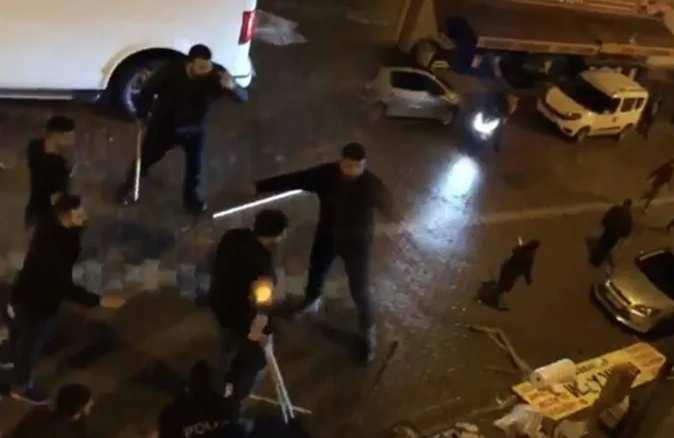 'Kafama sık' diyerek polisin üzerine yürüdü