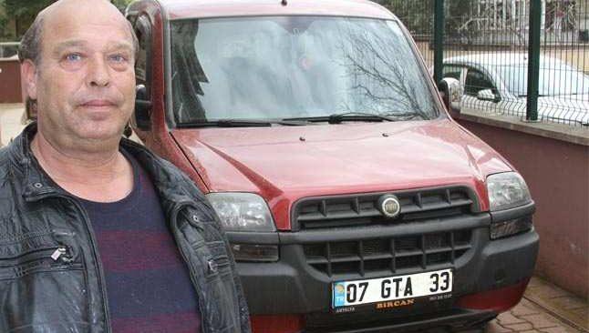 Antalya'da çamaşır suyuyla aracını yıkayan adam hayatını kaybetti