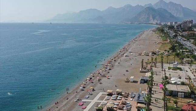 Antalya bu sezonda da Rusların tatil adresi olacak