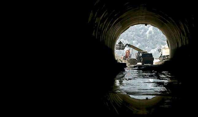 Antalya-Konya arasındaki tünelin sonu göründü...