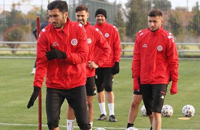 Antalyaspor'da Ankaragücü maçı hazırlıkları başladı
