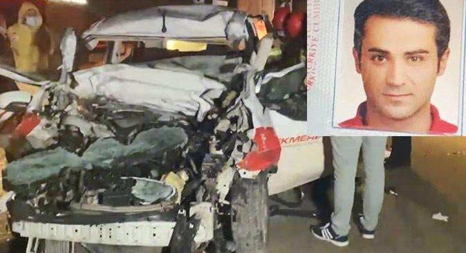 Bursa'da feci kaza! Otomobil TIR'ın altına girdi