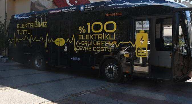 Kemer'de elektrikli otobüsün test sürüşü gerçekleştirildi