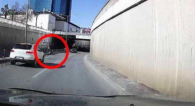 Epilepsi nöbeti geçiren motosiklet sürücüsü ölümden döndü