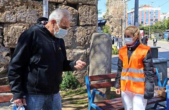 Muratpaşa Belediyesi HES kodlu anahtarlık dağıtımına başladı