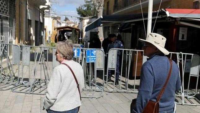 KKTC'de kısmi sokağa çıkma yasağı yine uzatıldı