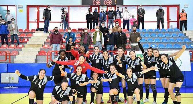 Konyaaltı Belediyespor, Sivas Belediyespor'u mağlup etti