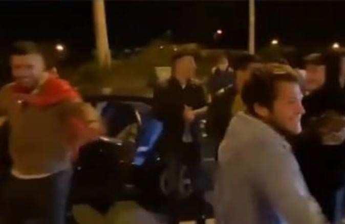 Antalya'da pes dedirten görüntüler! Asker eğlencesinde silahlar susmadı