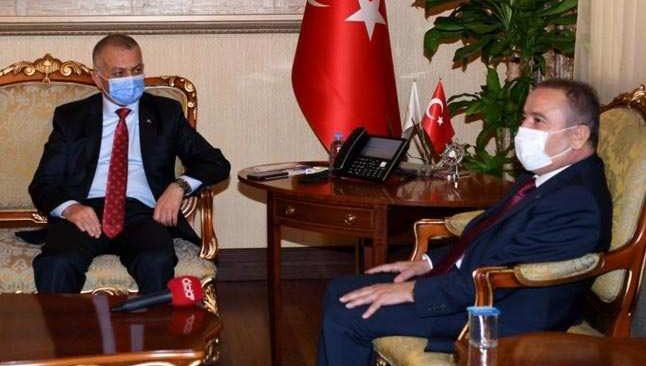 Başkan Böcek'ten Vali Yazıcı'ya teşekkür ziyareti