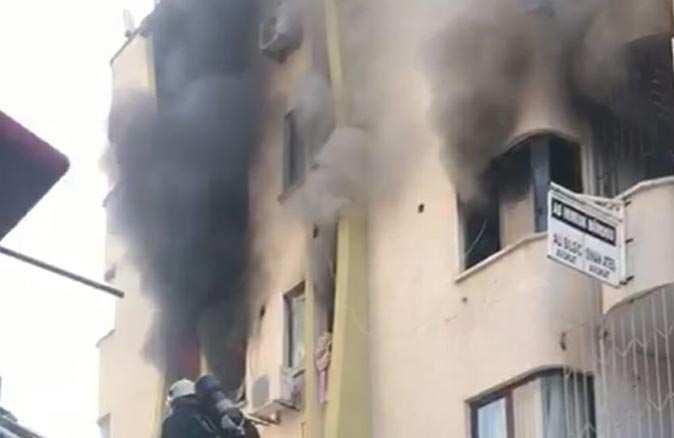 Antalya'da dumanlar tüm evi sardı!