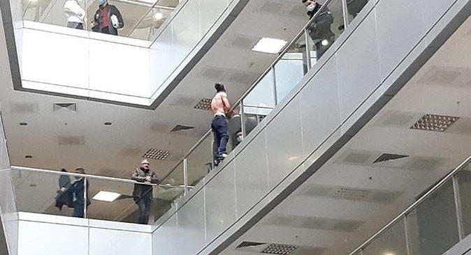 İstanbul Adalet Sarayı'nda hareketli dakikalar! İntihar etmek istedi