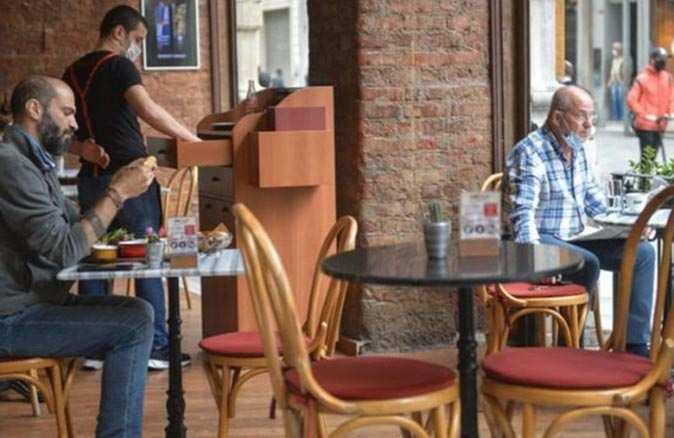 Antalya'da restoranlar açılacak mı? İşte cevabı...