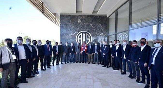Antalyaspor'da görev dağılımı yapıldı