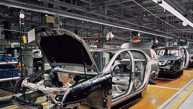 Otomotiv üretimi Şubat ayında geriledi