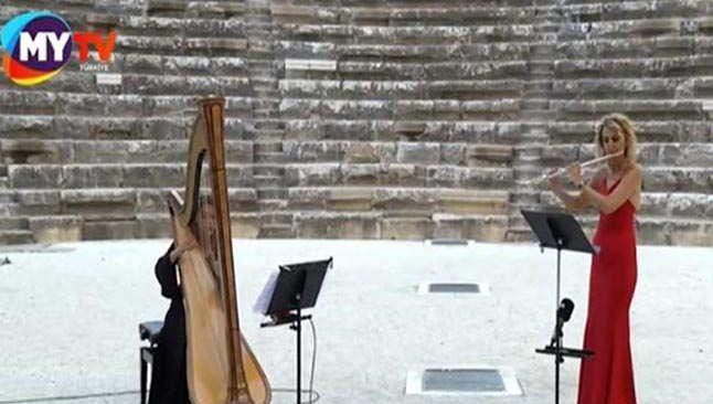 Antalya Aspendos'ta çok özel anlar! Atamızın en sevdiği şarkılar seslendirildi
