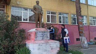 Tekirdağ'da Atatürk heykeline alçak saldırı