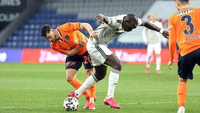 Başakşehir-Beşiktaş maçında gol yağmuru