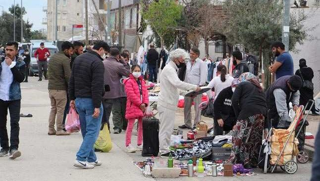 Antalya bit pazarında ürküten manzara