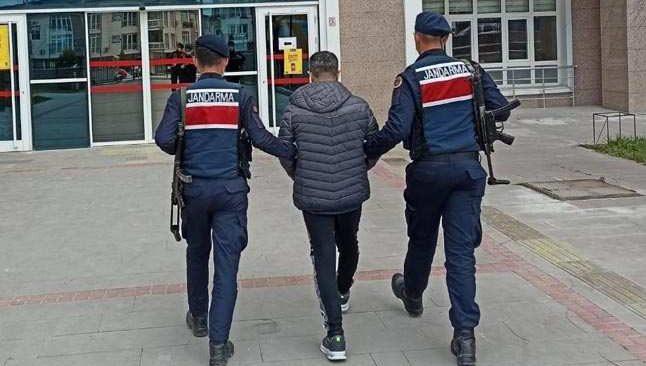Burdur'da dolandırdılar! Antalya'da yakalandılar...