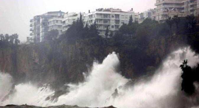 17 Mart Antalya hava durumu! Meteoroloji fırtınaya karşı uyardı