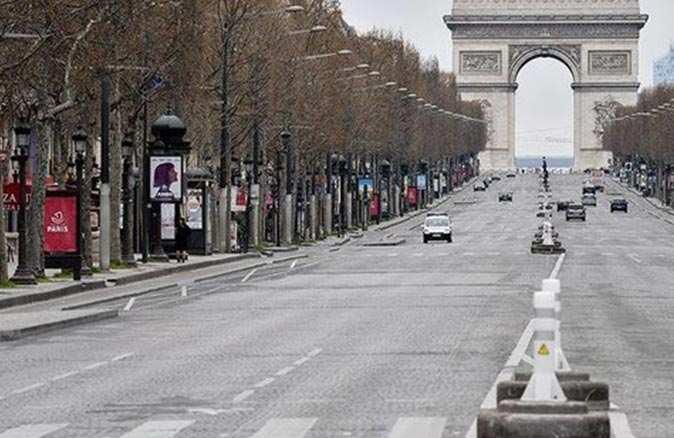 Fransa'da 4 hafta boyunca sokağa çıkma yasağı uygulanacak