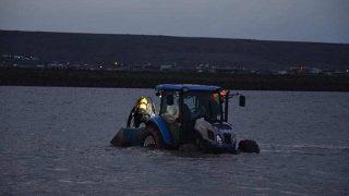 Şanlıurfa'da gölette facia! Aileleri sinir krizi geçirdi