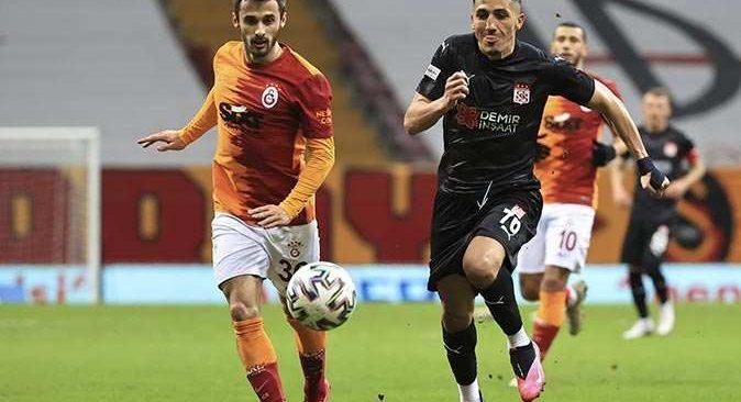 SON DAKİKA! Galatasaray, Sivasspor ile berabere kaldı