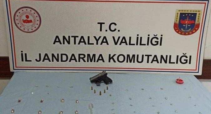 Antalya'da operasyon! 4 kişi gözaltına alındı