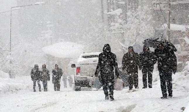 Meteoroloji'den 14 il için kar yağışı uyarısı: Kalınlık 40 cm'yi bulacak