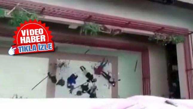 Kavga anında korkuluklar kırılınca öğrenciler 5. kattan yere çakıldı