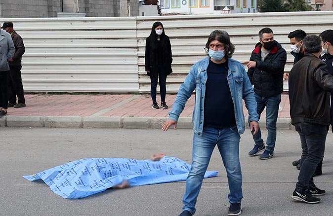 Antalya'daki feci kazada hayatını kaybeden motosiklet sürücüsünün kimliği belli oldu