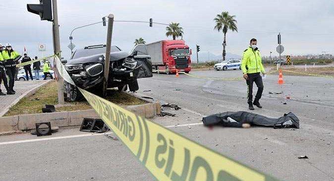 Antalya'da iş adamı Bilal Kadayıfçıoğlu kaza yaptı: 2 ölü, 4 yaralı