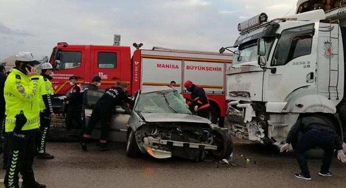 Manisa'da katliam gibi kaza! Çok sayıda can kaybı var