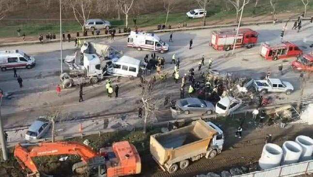 Bursa-Ankara yolunda feci kaza! Ortalık savaş alanına döndü...