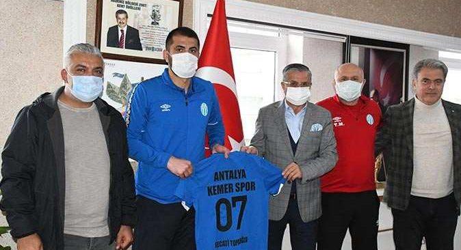 Başkan Topaloğlu'ndan sporculara tam destek