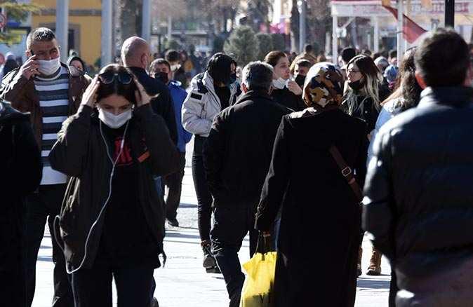 Konya Tabip Odası Başkanı Dr. Eyüp Çetin: Mutasyonlu virüs gençlerde de görülüyor